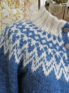 There's also a periwinkle fair isle sweater I've been admiring; I can wear it with my yellow skirt and yellow ribbon in my hair, which I'll curl, because Peter once told me he liked it curled -PSISLY, Jenny Han Fair Isle Knitting Patterns, Sweater Knitting Patterns, Knitting Stitches, Knitting Designs, Knit Patterns, Free Knitting, Crochet Coat, Wire Crochet, Icelandic Sweaters