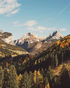Fall on the dolomites! | Val Gardena Gröden | Johan Lolos Say Yes To Adventure