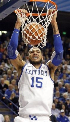 Kentucky's Willie Cauley-Stein dunks during the first half of an NCAA college basketball game against Auburn at Rupp Arena in Lexington, Ky., Saturday, Feb. 9, 2013. Kentucky defeated Auburn 72-62.