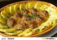Masové kuličky pečené v kysaném zelí recept - TopRecepty.cz Mince Meat, Pork Recipes, Hummus, Food And Drink, Meals, Chicken, Cooking, Ethnic Recipes, Cook Books