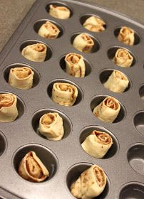 Juggling With Kids: Quick and Easy Mini Cinnamon Rolls