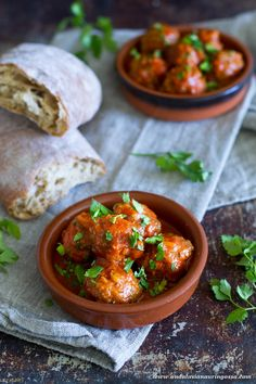 Is this your new tapas favourite? The key to these juicy meatballs packed with flavour? Chorizo, mi corazon <3 #food #foodporn #foodphotography #foodblog  #chorizo #spanishfood #glutenfree #tapas #comfortfood #meat #meatballs