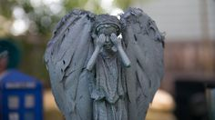 """halloweencrafts: """" DIY Barbies to Doctor Who Weeping Angels Tutorial from antropolywog for Offbeat Home. She bought generic Barbie like dolls but you can find really cheap Barbies at yard sales or. Wrapping Gift, Diy Doctor, Tenth Doctor, Doctor Who Party, Geek Crafts, Doll Crafts, Don't Blink, Geek Girls, Dr Who"""