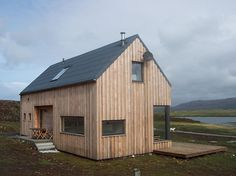 Cool Cottages Skye: The Timber House Larch Cladding, House Cladding, Timber Buildings, Small Buildings, Cottages Scotland, Woodland House, Property Design, Tiny House Cabin, Timber House