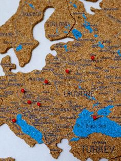 Cork World Map with countries by GaDenMap. Large World Map Wall Decor. Travel map for wall decor in office room, bedroom, living room, kid's room decorating. Wall decor map, wall decor world map, wall decor blue, wall decor push pin map, wall decor travel. Travel map pin board Wall map with States Large wall art world map Travel gift Housewarming gift for home #mapwalldecor #babyroomdecor #bedroomdecor