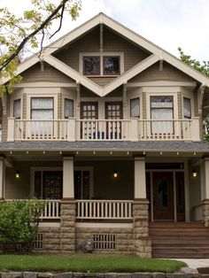 24 Popular Architectural Home Styles : Bungalow and Craftsman style homes were born out of the Arts and Crafts Movement. The emphasis is on natural materials wood, stone and brick. Front porches and low-pitched roofs are typical. The interior's open floor plan features built-in furniture, big fireplaces and exposed beams. From DIYnetwork.com