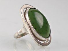 Informacje o Unikatowy srebrny pierścionek ORNO - jadeit - 6994900195 w archiwum allegro. Data zakończenia 2017-10-30 - cena 420 zł