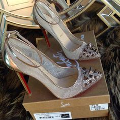 Christian Louboutin Fall 2015 Fashion high heels, fashion girls shoes and men shoes ,just here with best price christianlouboutin Christian Louboutin heels red bottoms? Dream Shoes, Crazy Shoes, Me Too Shoes, Fancy Shoes, Stilettos, High Heels, Shoe Boots, Shoes Heels, Christian Louboutin Shoes