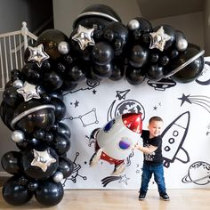 Blast off into space with this fun Space Rocketship balloon! Perfect for any outer space and galaxy party! ♥ This listing is ONLY for the Space Rocketship balloon shown in the listing photo. 1st Birthday Boy Themes, Boy First Birthday, Boy Birthday Parties, Birthday Party Decorations, 5th Birthday Ideas For Boys, Themed Parties, Anniversaire Star Wars, Astronaut Party, Birthday Backdrop