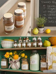Printable Farmhouse Kitchen Pantry Labels Cute look. Kitchen Labels, Pantry Labels, Kitchen Pantry, Kitchen Hacks, Kitchen Dining, Kitchen Ideas, Spice Jar Labels, Spice Jars, Spice Shelf