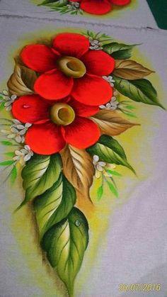 Resultado de imagem para pintura em tela tulipas Easy Rangoli Designs Videos, Rangoli Designs Images, Rangoli Designs Diwali, Tole Painting, Fabric Painting, Poster Rangoli, Fabric Paint Designs, Hand Painted Dress, Flower Rangoli