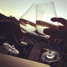 Buon aperitivo: sidro, tramonto e cin cin a tutti!
