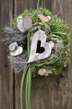 Advent wreath - door wreath-Herzlich - a unique product by Moneria on DaWanda - Deko aus Naturmaterial Christmas Love, Christmas Wreaths, Christmas Decorations, Holiday Decor, Advent Wreath, Grapevine Wreath, Easy Valentine Crafts, Door Wreaths, Diy And Crafts