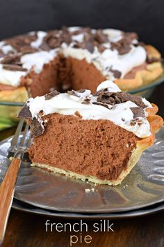 Smooth and decadent, French Silk Pie is a chocolate lovers dream! You'll love th… Smooth and decadent, French Silk Pie is a chocolate lovers dream! You'll love the flaky pie crust, topped with smooth and silky chocolate! Chocolate Silk Pie, Chocolate Desserts, Easy Desserts, Delicious Desserts, Chocolate Lovers, Cocoa Chocolate, Chocolate Cheesecake Pie Recipe, Chocolate Pie Crust, Chocolate Mousse Pie