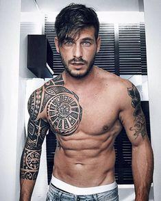 40 Average Mens Casual Outfits for Men over 50 2019 Meaningful-Maori-Tattoo-Designs-For-Inspiration The post 40 Average Mens Casual Outfits for Men over 50 2019 appeared first on Weaving ideas. Maori Tattoo Frau, Ta Moko Tattoo, Samoan Tattoo, Polynesian Tattoo Designs, Maori Tattoo Designs, Body Art Tattoos, Tribal Tattoos, Buddha Tattoos, Geometric Tattoos