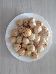 Drobiowe pulpeciki idealne na początek BLW - alaantkoweblw Baby Food Recipes, Kids Meals, Stuffed Mushrooms, Good Food, Menu, Potatoes, Vegetables, Children, Recipes For Baby Food