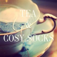 Gorgeous Couture // tea and cosy socks - recipe for the perfect weekend!