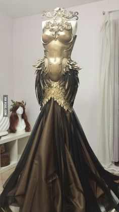 Dress of the Phoenix I AM FANGIRLING OVER THIS DRESS...wish i could wear it to prom