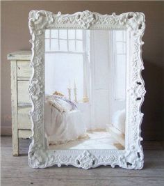 Cheap And Easy Diy Ideas: Shabby Chic Cottage Quilts shabby chic pillows comfy chair.Shabby Chic Fabric How To Make shabby chic kitchen hutch.Shabby Chic Wallpaper Little Girls. Shabby Chic Spiegel, Baños Shabby Chic, Muebles Shabby Chic, Shabby Chic Mirror, Shabby Chic Living Room, Shabby Chic Interiors, Shabby Chic Bedrooms, Shabby Chic Homes, Shabby Chic Furniture