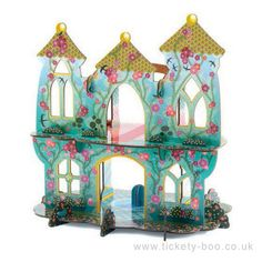 This mystical pop up castle of wonders is excellent for imaginative play! It is brightly coloured and made of sturdy cardboard ready for your young ones figurines to become princesses, princes and other magical things!  Suitable From 4+ years Dimensions 34 x 25 x 35cm Brand Djeco Product Code DJ07702 Barcode 3070900077027