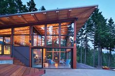 Beautifully designed vacation home in Ronald, WA.
