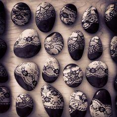 Happy Easter (Reusable Easter Stones): Art Rocks, Craft, Awesome Rocks, Doodle, Dad S Rocks, Rock Art, Painted Rocks, Lacey Rocks, Lace Rocks