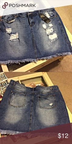 Blue jean skirt NWT Really cute blue jean skirt stretch denim I bought this for myself and it's way to tight It is brand new with tags NWT Zenobia Skirts