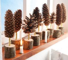 Christmas Decorations with Pine Cones - DIY Craft Ideas - .- Weihnachtsdeko basteln mit Tannenzapfen – DIY Bastelideen – Tannenzapfen Deko Christmas Decorations with Pine Cones – DIY Craft Ideas – Pine Cones Deco … - Nature Crafts, Fun Crafts, Diy And Crafts, Pine Cone Crafts For Kids, Christmas Decorations To Make, Christmas Crafts, Christmas Hacks, Pine Cone Decorations, Craft Decorations