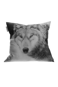 Wolf pillow by Barfota
