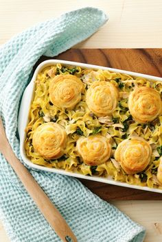 An old-fashioned favorite updated with cheesy crescent pinwheels and good-for-you spinach. Family not fond of tuna? Use 2 cups of shredded deli rotisserie chicken instead!