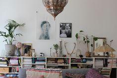 estantes. sala de estar