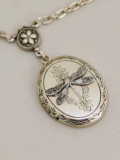 Libélula el medallón regalo de la joyería por emmalocketshop