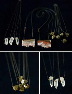 raw pyrite, crystal quartz and amethyst goede.