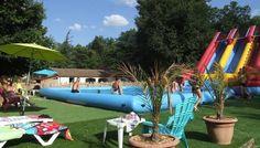 Super toboggans gonflables à la piscine pour s'amuser en toute séurité - Camping Castanhada ** – Les Vans (Ardèche)