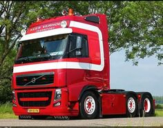 les 228 meilleures images du tableau volvo sur pinterest volvo trucks diesel et diesel fuel. Black Bedroom Furniture Sets. Home Design Ideas