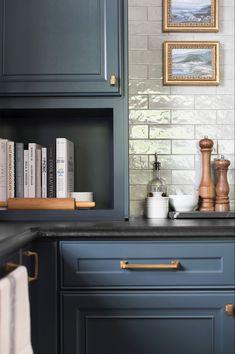 Home Interior, Kitchen Interior, Kitchen Decor, Coastal Interior, Eclectic Kitchen, Kitchen On A Budget, New Kitchen, 10x10 Kitchen, Awesome Kitchen