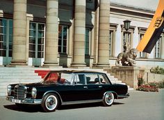 Unveiled at the 1963 IAA International Motor Show, the 600 model (W 100) became the new flagship saloon of the Mercedes-Benz brand.