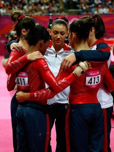 Gabrielle Douglas, Mc Kayla Maroney, Kyla Ross, Jordyn Wieber and Alexandra Raisman of the United States huddle during the Artistic Gymnastics Women's Team final on Day 4. #gymnastics #olympics #london2012