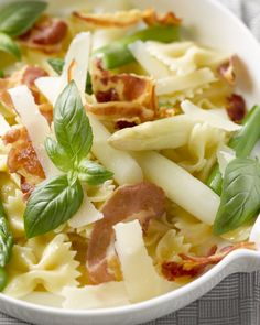 Pastasalade met witte en groene asperges Gnocchi Recipes, Pasta Recipes, I Want Food, Brunch, Diner Recipes, Summer Food, Summer Recipes, Pasta Salad, Macaroni And Cheese