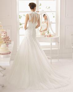 Vogue 2015 A-line High Neck Sleeveless Dropped Waist Lace Chapel Train Wedding Dress - Storedress.com