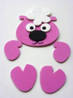 Oveja goma eva Felt Kids, Plastic Bottle Crafts, Clock Art, Foam Crafts, Animal Crafts, Punch Art, Paper Gifts, Kids Cards, Handmade Toys