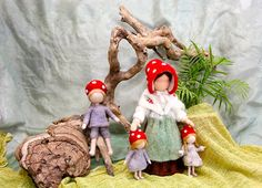 Waldorf inspired needle felted mushroom-dolls: The Children of The Forest (by Elsa Beskow) via Etsy Elsa Beskow, Wet Felting, Needle Felting, Children Of The Forest, Felt Mushroom, Nature Table, Waldorf Toys, Dollhouse Dolls, Felt Dolls