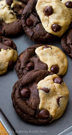 If you love peanut butter and chocolate, these swirled cookies are for YOU! Do yourself a favor and double the recipe! These disappear. // Could make yin yang cookies with white chocolate on one side! Just Desserts, Delicious Desserts, Dessert Recipes, Yummy Food, Health Desserts, Yummy Cookies, Cow Cookies, Baking Cookies, Cake Baking