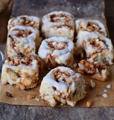 These vegan gluten-free apple cinnamon rolls are soft, fluffy, and delicious. The apple cinnamon filling tastes and smells heavenly and keeps the cinnamon buns moist. This is a great vegan dessert, snack or breakfast. Best Vegan Desserts, Vegan Dessert Recipes, Vegan Treats, Delicious Vegan Recipes, Gluten Free Desserts, Gluten Free Recipes, Baking Recipes, Vegan Food, Apple Cinnamon Rolls