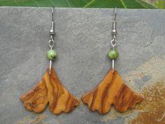 Ohrringe Olivenholz Ginkgo Blatt grün jade BlätterHolzohrringe