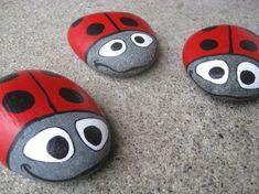 lustige Marienkäfer Basteln mit Steinen