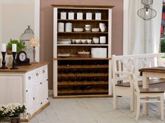Kredenc na víno Sweet Home VIN17 je zároveň Vaše rodinná vinotéka, která zaručeně neunikne pozornosti. Dřevěný kredenc na víno z kolekce SWEET HOME je stylový nábytek do jídelny, jenž si sebou přináší design s nádechem vesnického stylu. Wine Rack, Sweet Home, Cabinet, Storage, Furniture, Design, Home Decor, Clothes Stand, Purse Storage