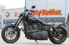 Customized Harley-Davidson FXDF Fat Bob by Thunderbike Customs Germany . Harley Davidson Night Train, Harley Davidson Chopper, Harley Davidson Kunst, Harley Davidson Kleidung, Harley Davidson Birthday, Harley Davidson Roadster, Harley Davidson Fat Bob, Harley Davidson Gifts, Harley Davidson Wallpaper