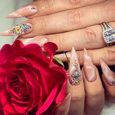 Best Stiletto Nails Designs, Ideas and Tips For You Pointy Nails, Stiletto Nail Art, Fall Nail Designs, Acrylic Nail Designs, Nail Manicure, Gel Nails, Nail Polish, No Chip Nails, Broken Nails