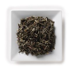 Mahamosa Flavored White Tea and Tea Filter Set: 2 oz Pomegranate White Tea, 100 Loose Leaf Tea Filters (Bundle- 2 items)(Tea ingredients: White tea, safflower, rosehips, and flavoring) -- Click image for more details. (This is an affiliate link) Loose Green Tea, Organic Green Tea, Loose Leaf Tea, Green Teas, Pomegranate White Tea, Flavoured Green Tea, American Green, Mallow Flower, Chinese Greens